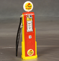 """Roar With Gilmore"" Gas Pump, 1/18th scale"
