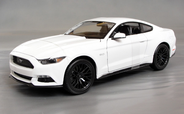 2015 ford mustang 5 0 gt details diecast cars diecast model cars diecast models diecast. Black Bedroom Furniture Sets. Home Design Ideas