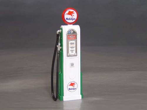 Mobil Gas Pump, 1/18th scale