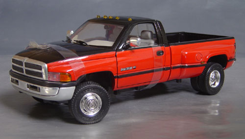 1995 Dodge 3500 Slt Duelly Pick Up Details Diecast Cars