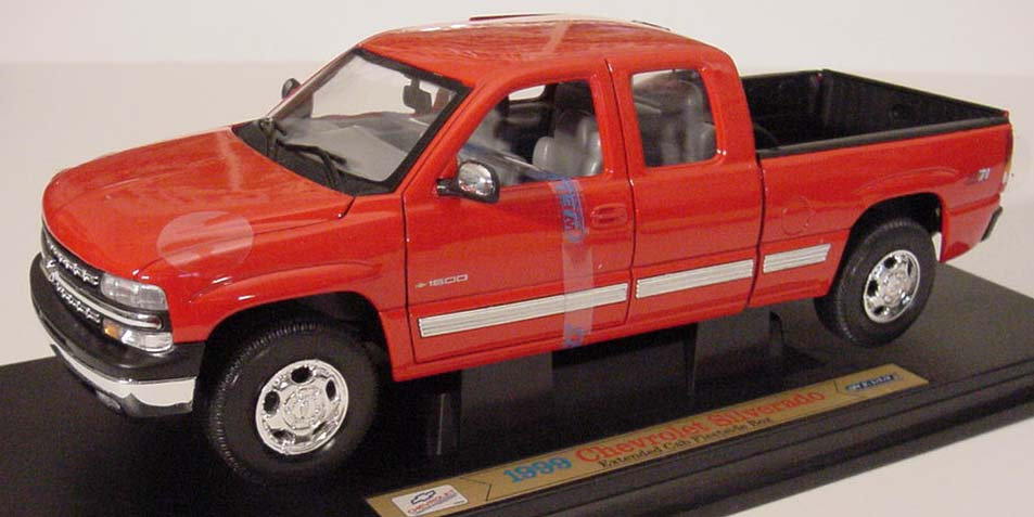 1999 Chevy Silverado Z71, Extended Cab, Fleetside Box,