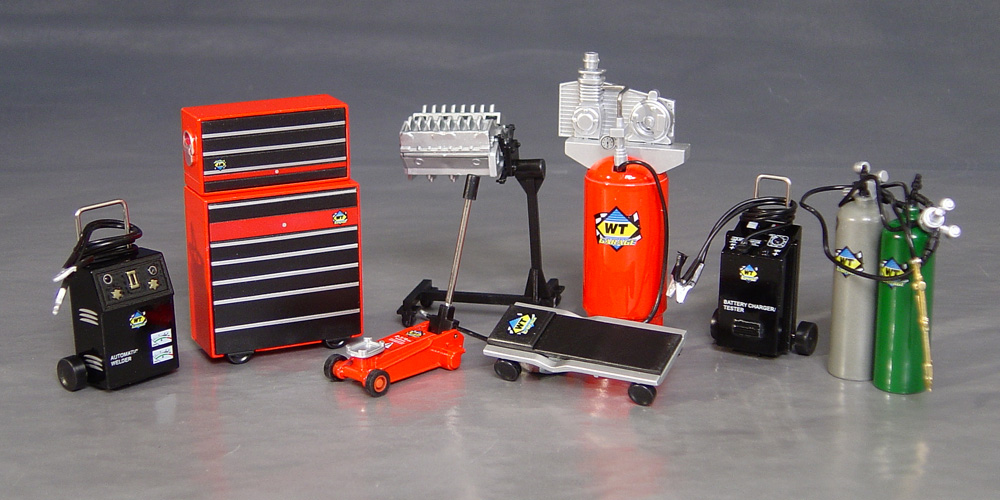 1 18th Garage Repair Accessory Set For Dioramas Details